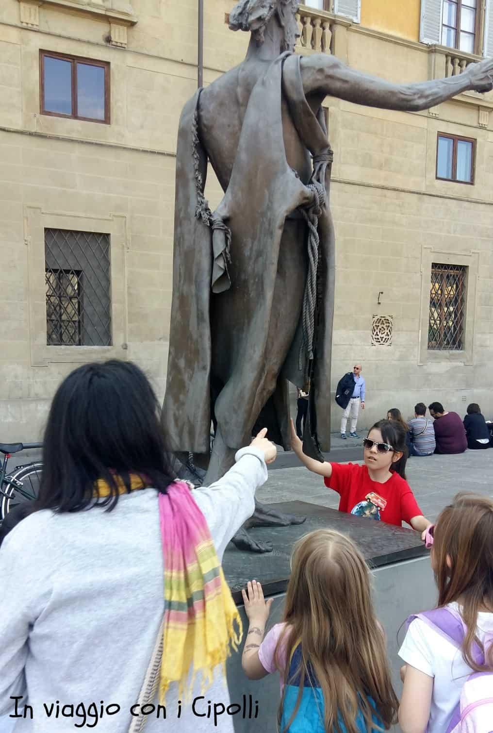 statua san giovanni battista